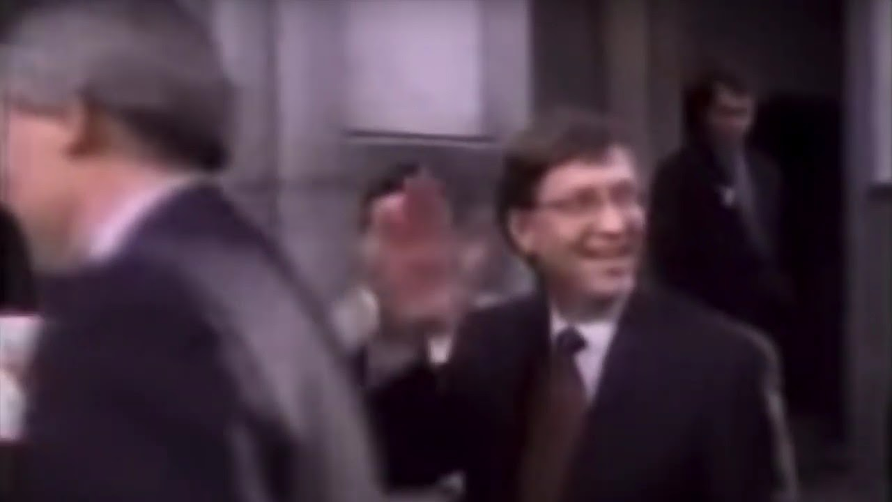 Bill Gates - Pie in the Face (The WHO version)
